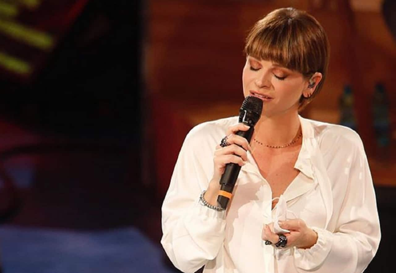 Alessandra Amoroso ad Amici – Screenshot da video