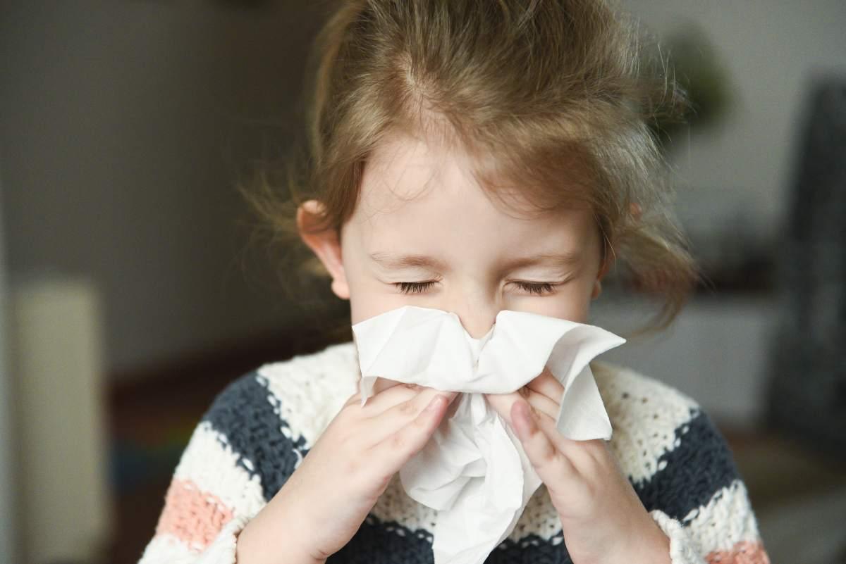 come si manifestano i virus parainfluenzali