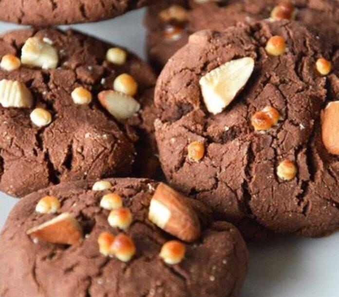 Cookies al cioccolato facili, light, senza burro