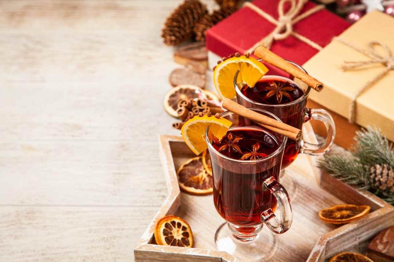 cockatil di benvenuto al matrimonio: vin brulè