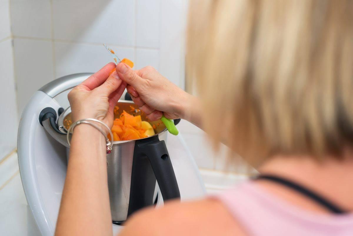pranzo di natale 2020 come può aiutare un robot da cucina