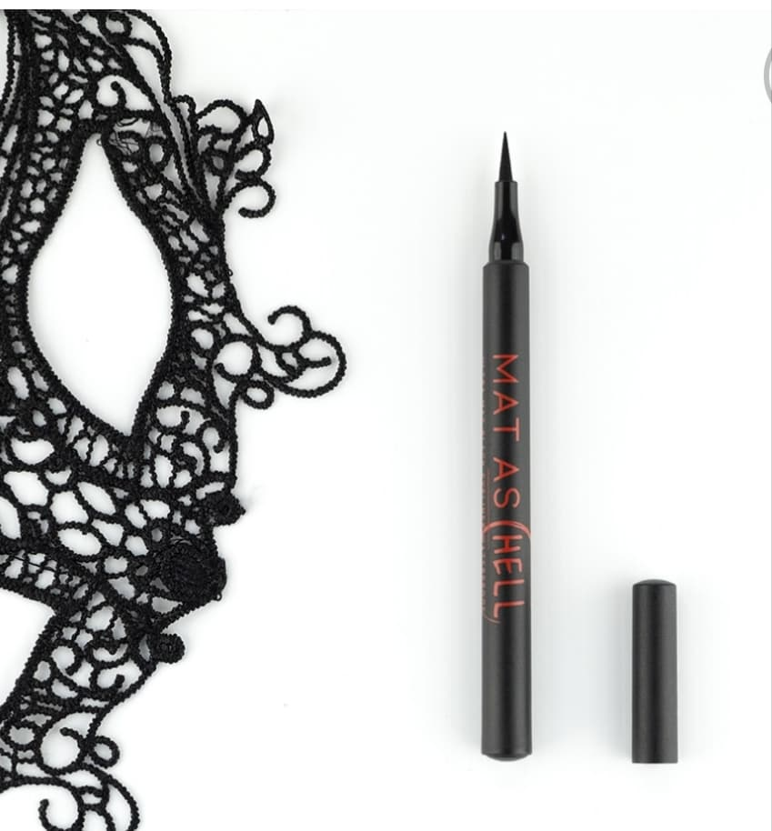 eyeliner layla cosmetics recensione chedonna
