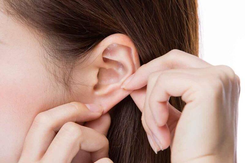 orecchio digitopressione