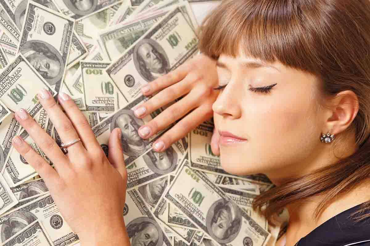 sonno soldi