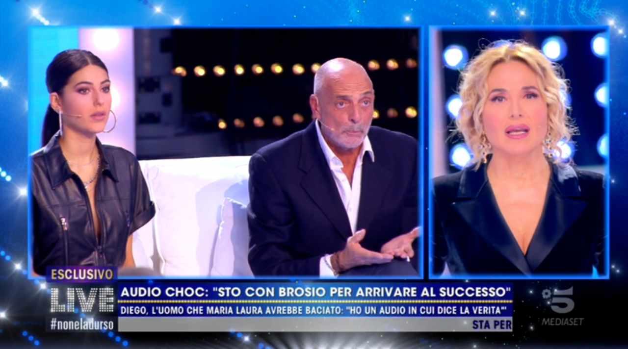 Paolo Brosio preso in giro dalla fidanzata