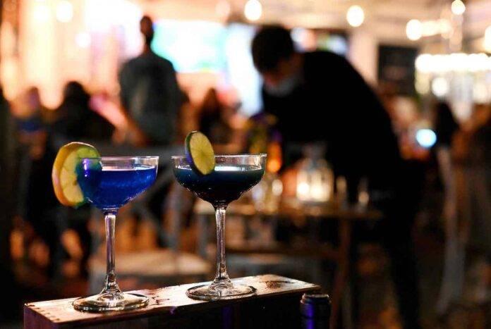 Cocktail fatto in casa, il segreto per un mix perfetto (Getty Images)