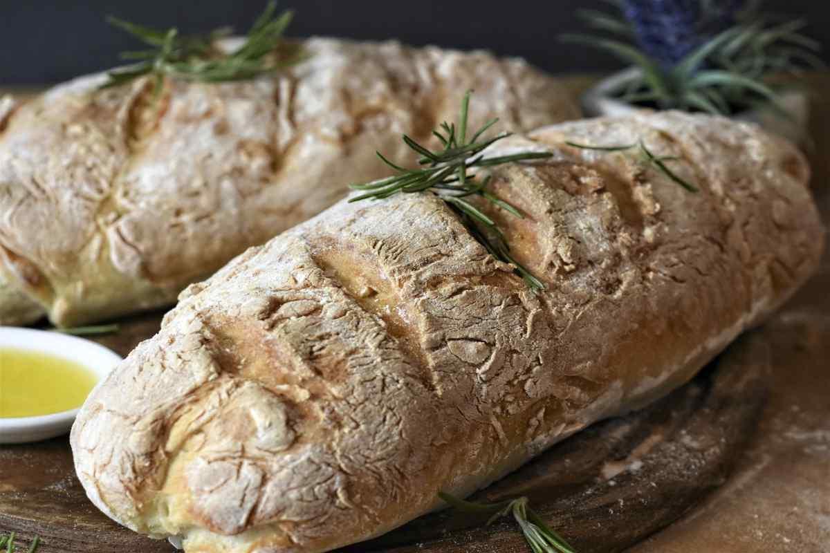 Come ammorbidire il pane raffermo