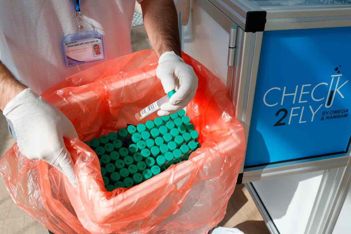 Covid, un nuovo farmaco orale che blocca il contagio, estato sui furetti