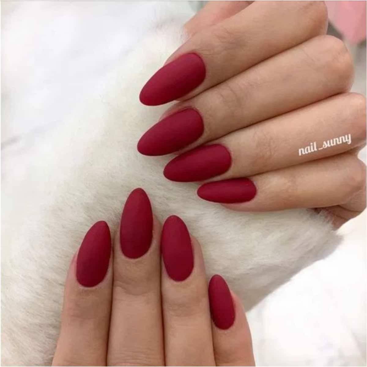 unghie rosse natale