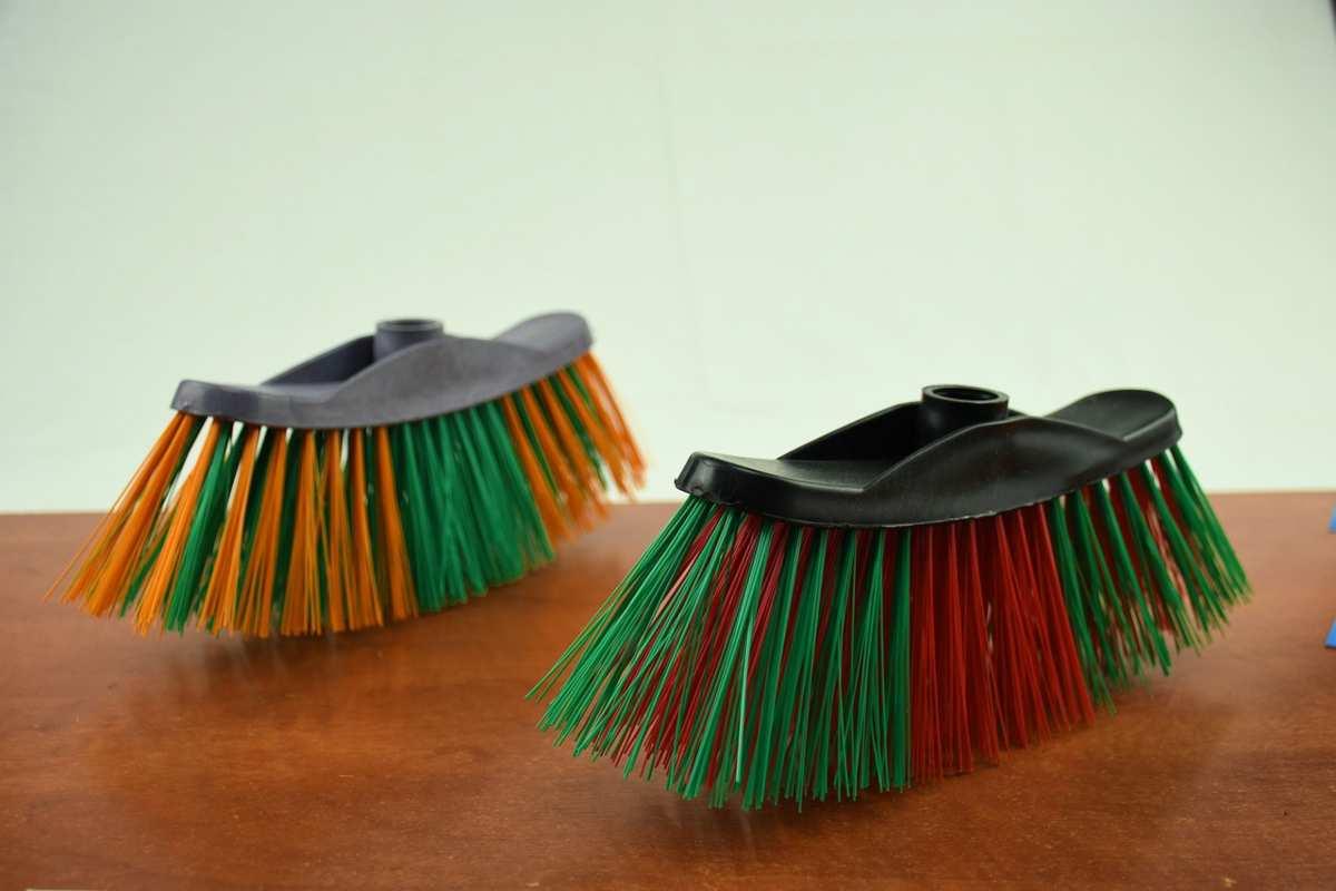 Come pulire la scopa