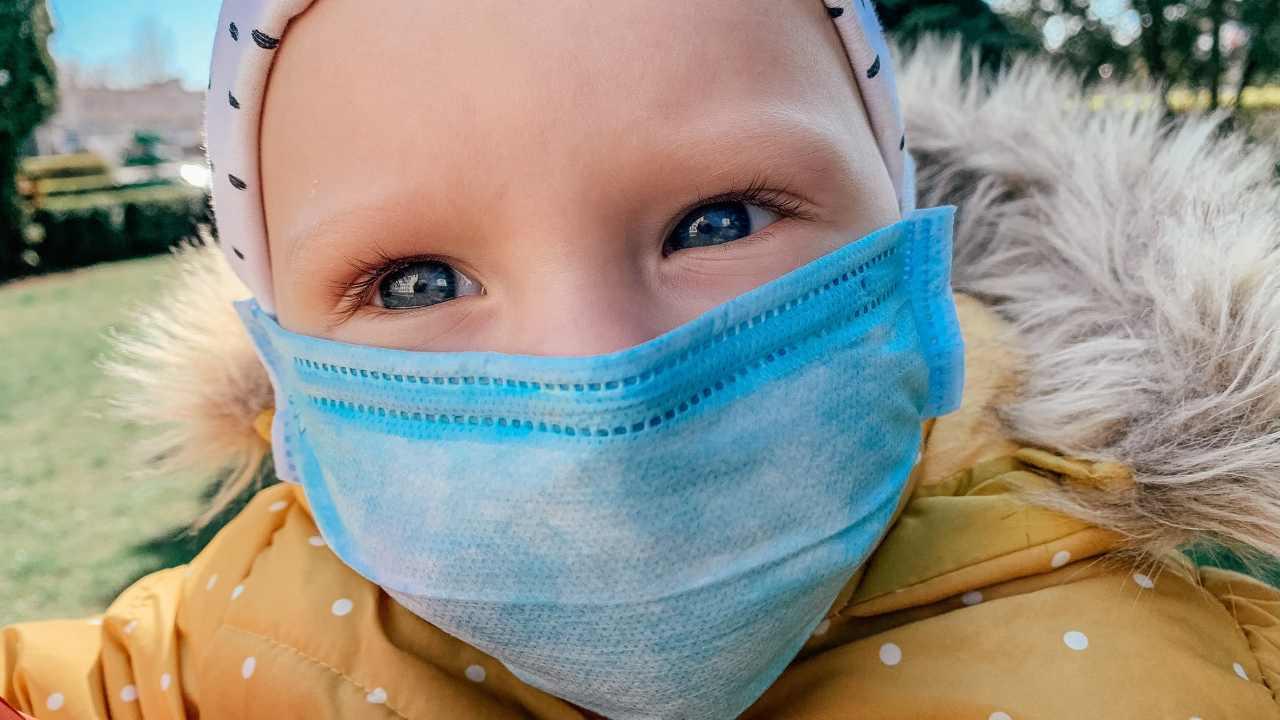 covid-19 bambini sintomi più lievi
