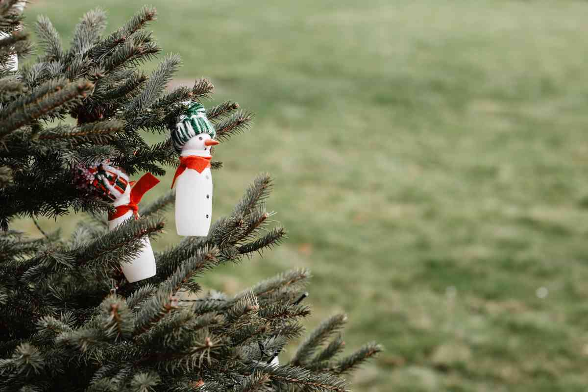 Lavoretti natalizi con le bottiglie di plastica