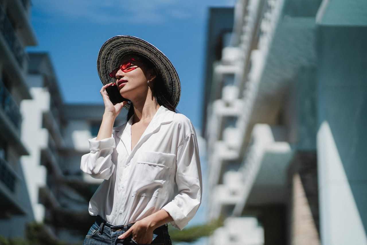 cinque modi di indossare la camicia bianca
