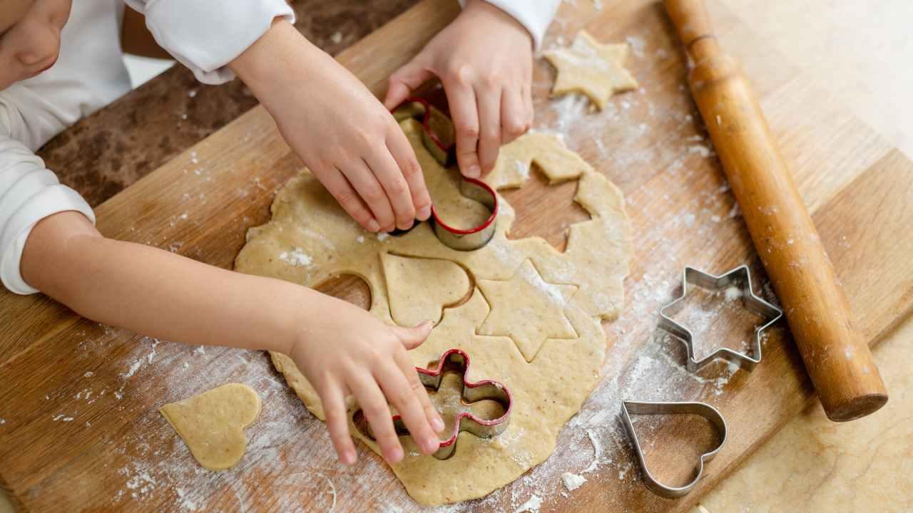 omini di pan di zenzero cucinare con i bambini