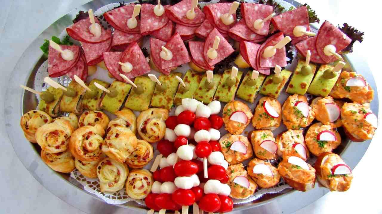cena buffet stuzzichini finger food