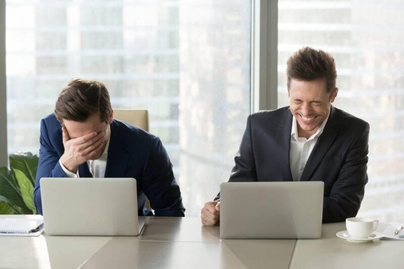 ridere al lavoro