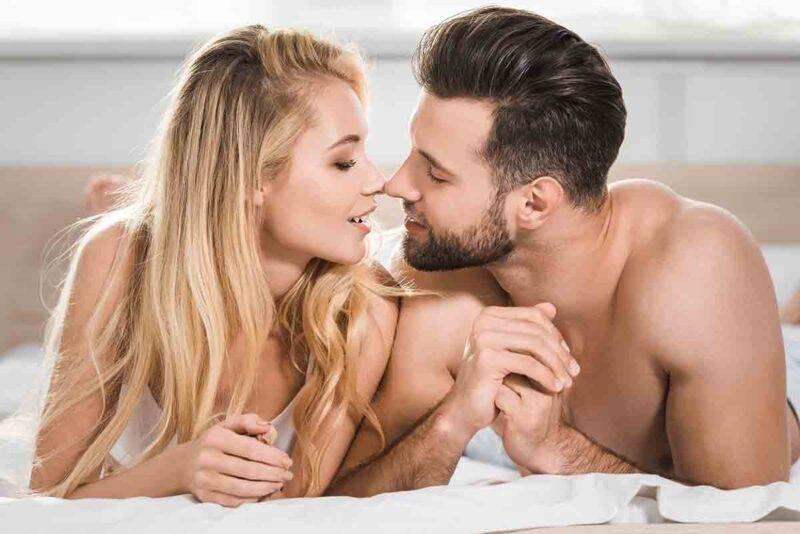 coppia intimità