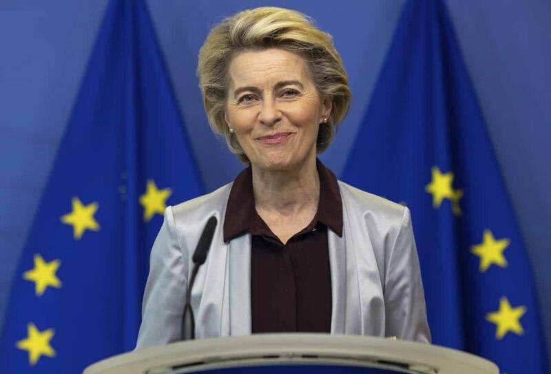 Europa, Ursula Von der Leyen si congratula con l'Italia (Getty Images)