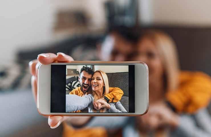 coppia selfie