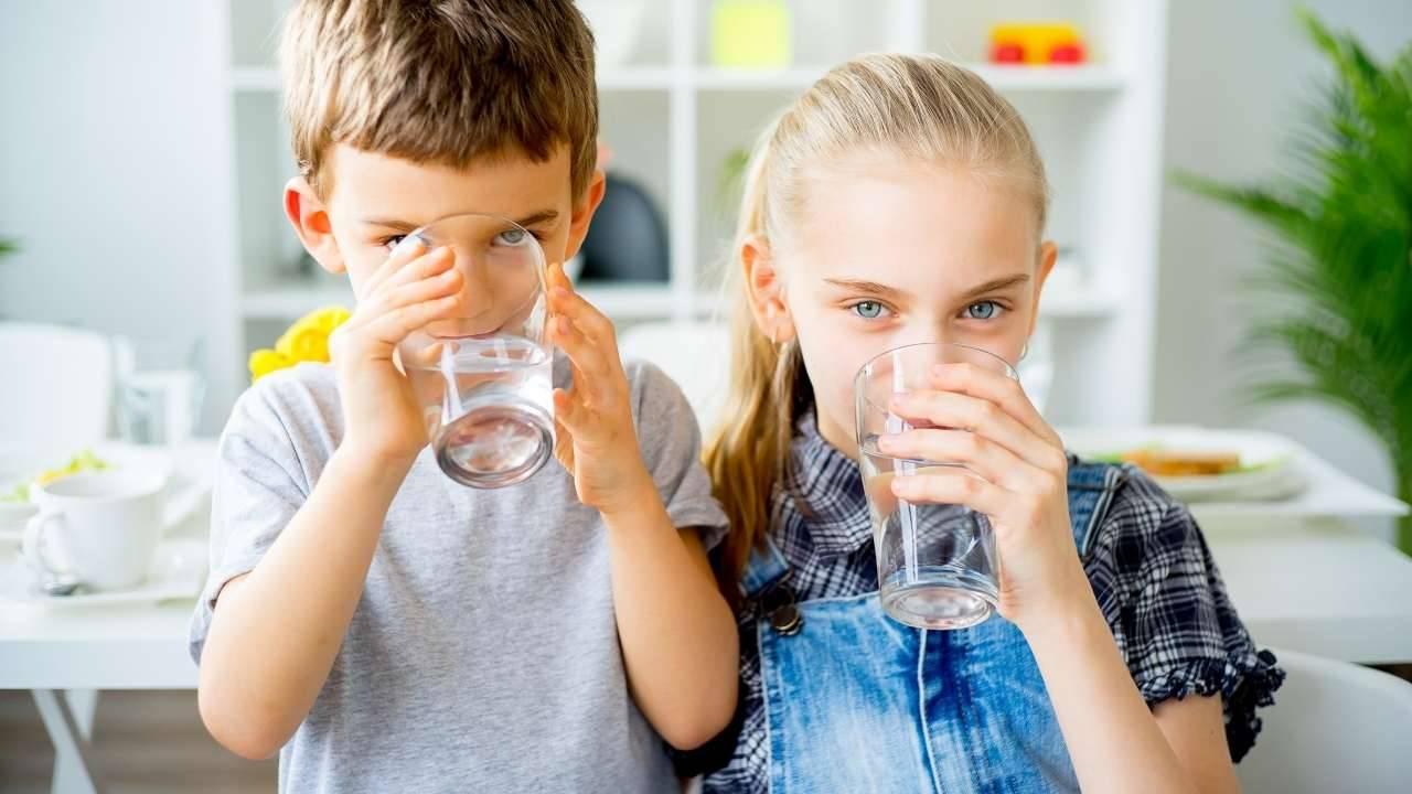 bere acqua dimagrire