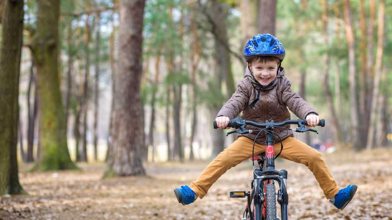 bicicletta bambini benefici