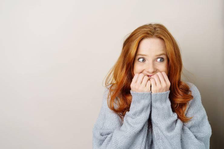 donna con crisi d'ansia