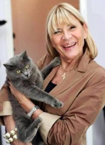 Dama con gattino