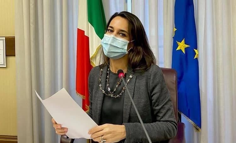 Licia Ronzulli