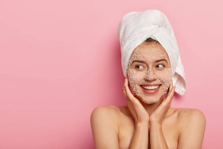 scrub viso donna