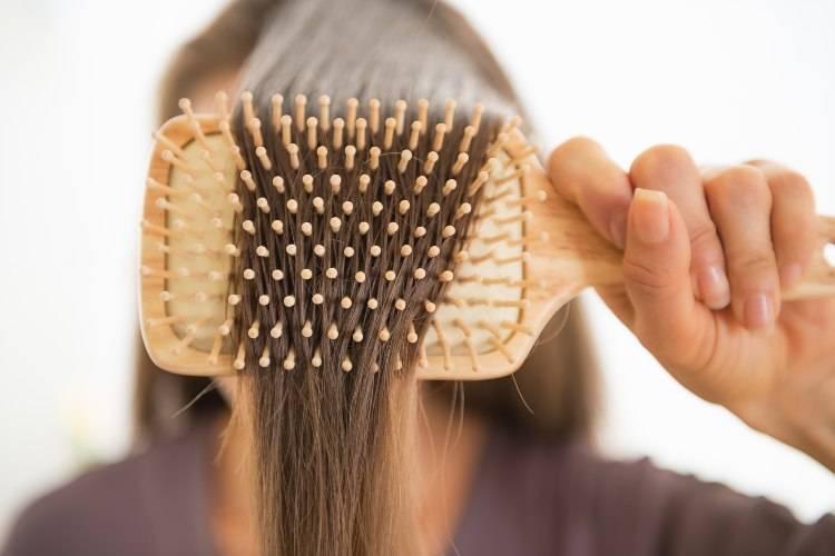 spazzola piatta per capelli