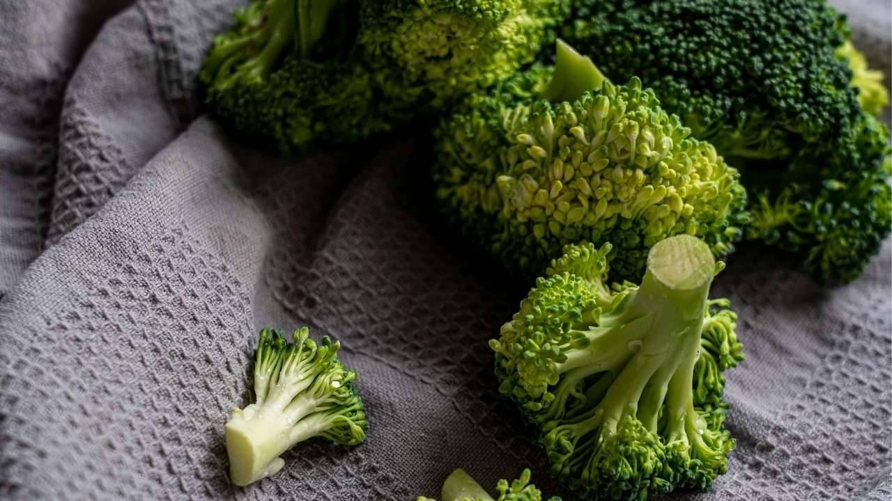 pulire broccoli