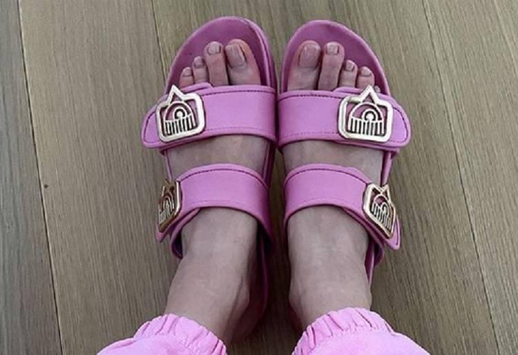 piedi chiara ferragni