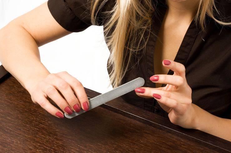 limare unghie