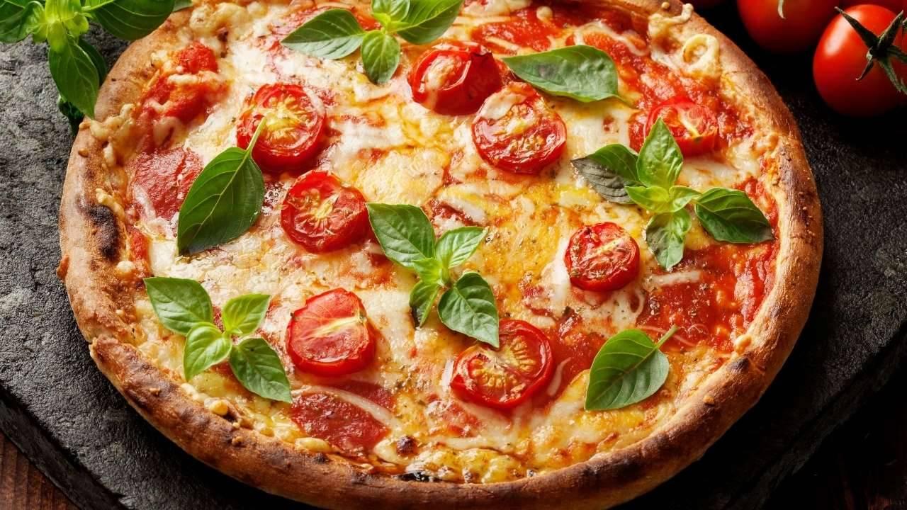risparmiare calorie pizza