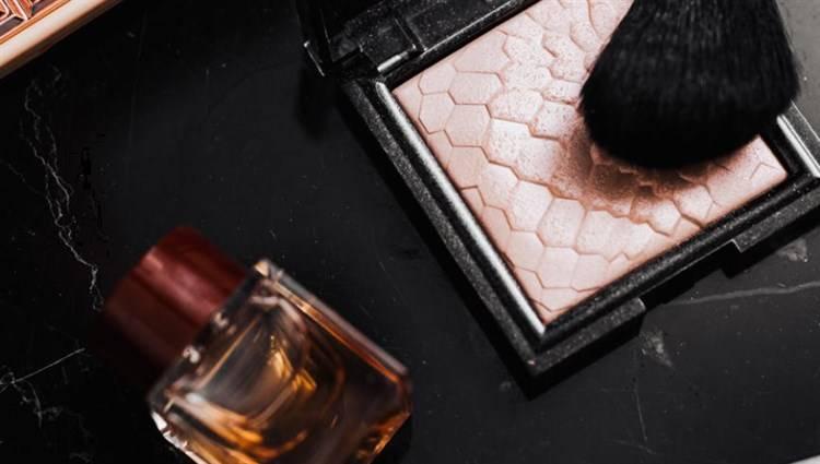 ricompattare cosmetici rotti