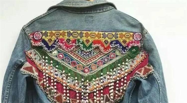 come abbinare giacca di jeans