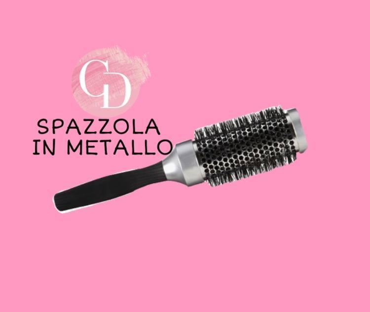spazzola in metallo