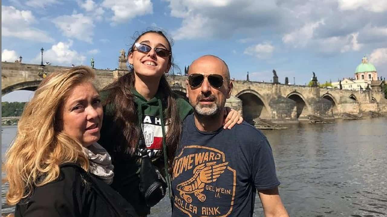 """Carlo e Susy, genitori Giulia Stabile: """"In passato ha sofferto tantissimo"""""""