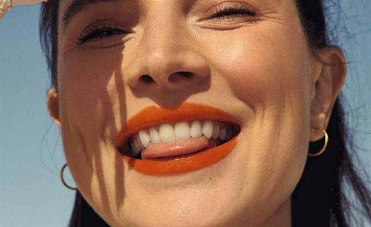 make up arancione