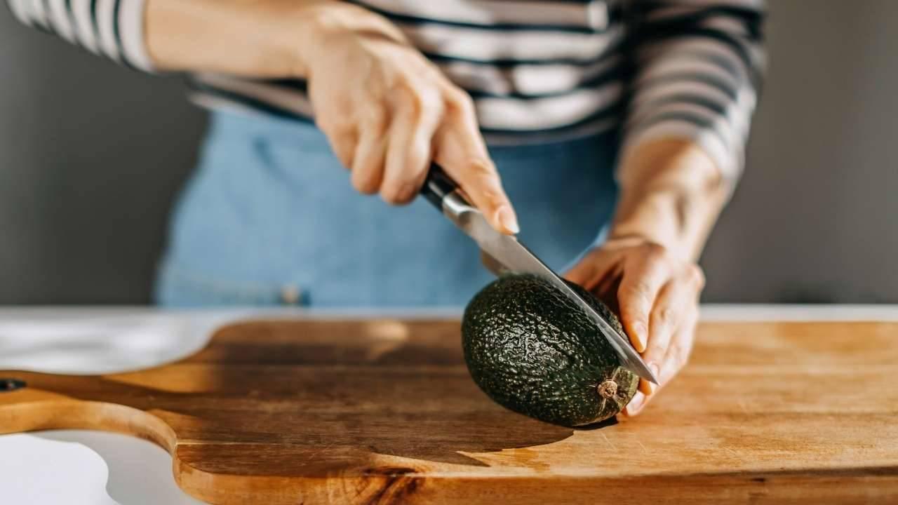pulire avocado