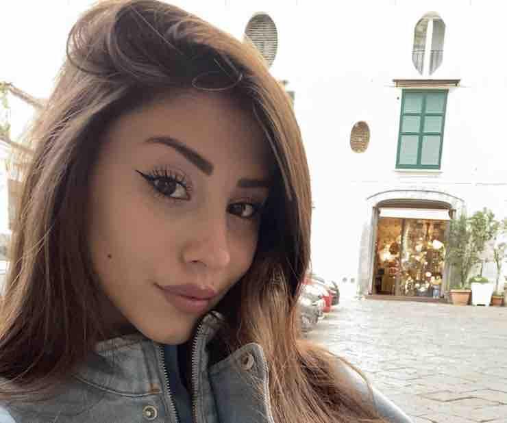 Angela Nasti (Instagram)