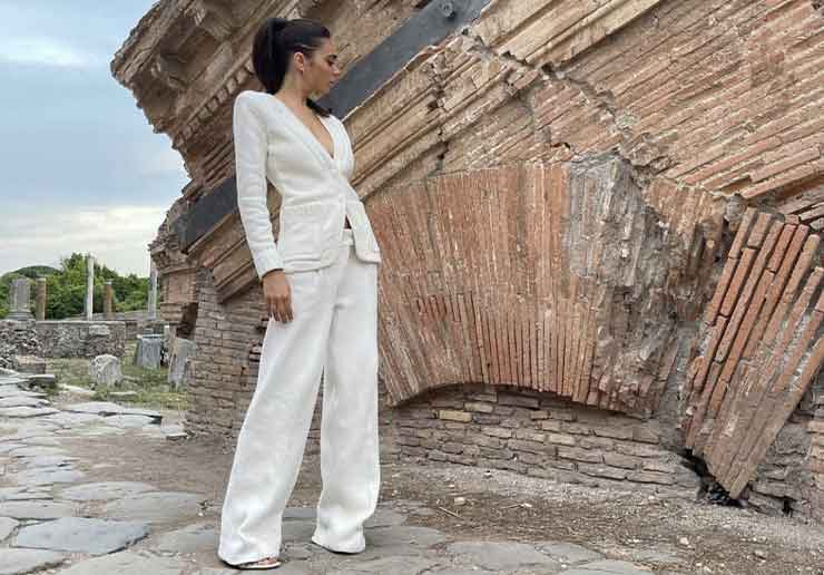 elodie outfit bianco