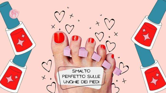 smalto unghie dei piedi