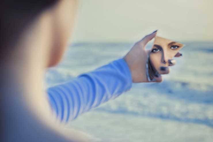 donna specchio