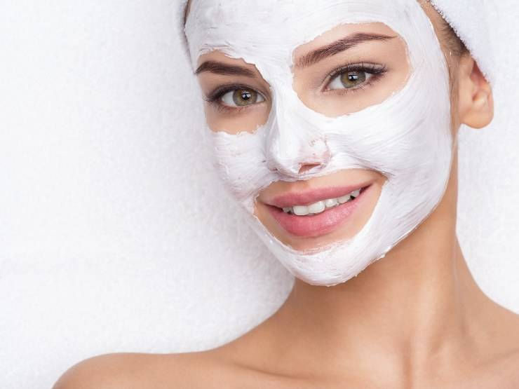 donna maschera viso