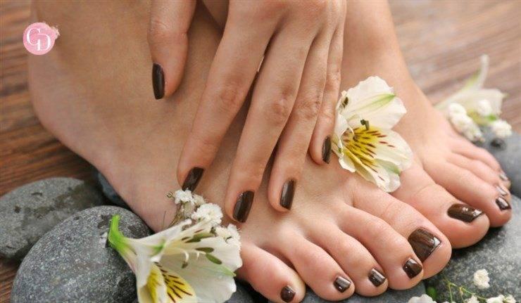 abbinare smalto mani e piedi