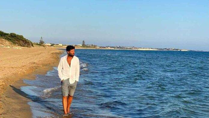 walter nudo in spiaggia