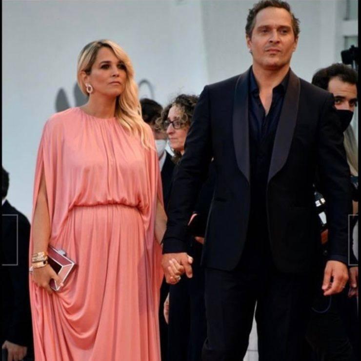 Francesca Barra e Claudio Santamaria a Venezia sul red carpet
