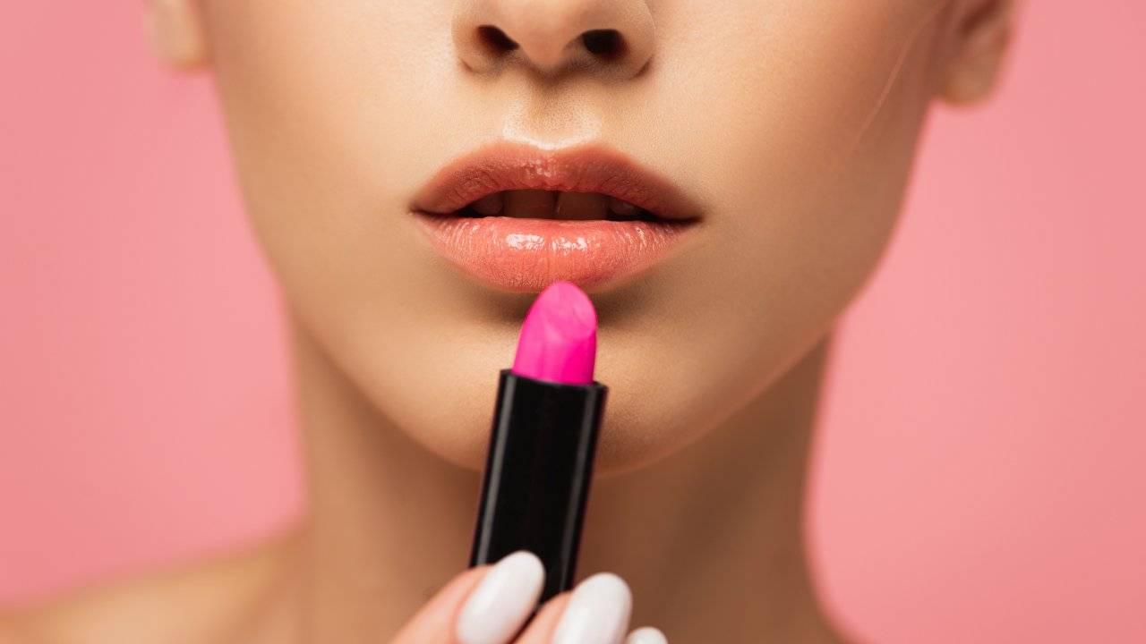"""Trucco labbra effetto blur: il make up """"imperfetto"""" ma incredibilmente sexy"""