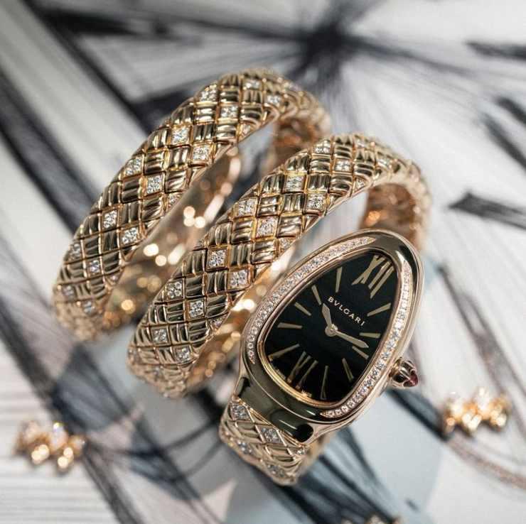 Orologio in oro e diamanti Serpenti di Bvlgari